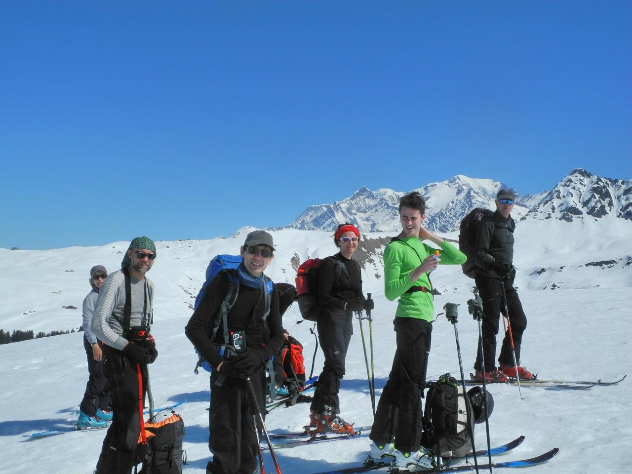 <h5>Le Mt Blanc pointe son nez</h5><p>Entrer votre description</p>